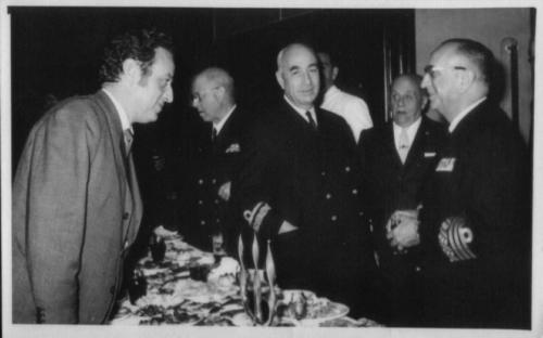 Joaquín Quijano Párraga con ministro Baturone, 1970
